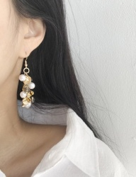 [cheezesalt] GOLD LEAF EARRING