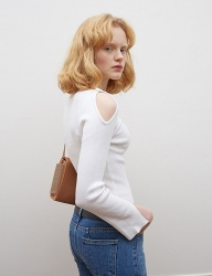 [oioi] 2WAY OFF SHOULDER KNIT