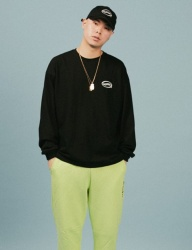 [A PIECE OF CAKE] Oval Logo Longsleeved T-shirts_Black