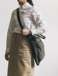 [WILD BRICKS] WAXED HELMET BAG (khaki)