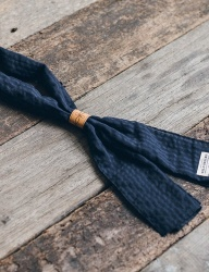 [WILD BRICKS] CR STRIPE SCARF (navy)
