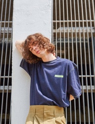 [ORDINARY PEOPLE] ORDINART STITCH POINT NAVY T-SHIRT