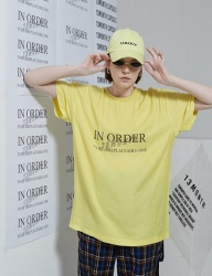 [13month] IN ORDER PRINT T-SHIRT (YELLOW)