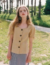 [NOMINATE] LINEN BUTTON DART BLOUSE CUSTARDBEIGE