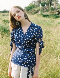 [NOMINATE] POLKA DOT WRAP BLOUSE BLUE
