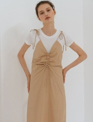 [nuissue] DRAWSTRING SLEEVELESS DRESS[BEIGE]