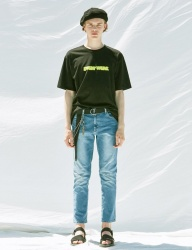 [VOIEBIT] V243 INCISION SPAN DENIM PANTS (BLUE)