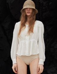 [TMO BY 13MONTH] [TMO X AWESOMENEEDS] WAIST FRILL BLOUSE