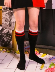 [swallowtale] Swallowtale Knee Socks [Black]
