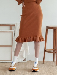 [TARGETTO] RUFFLE KNIT SKIRT CAMEL