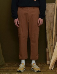[UNALLOYED] WIDE CARGO PANTS [BROWN]