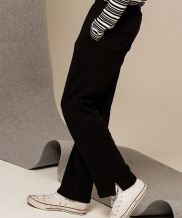 [METAPHER] Side Point Sweat Pants (Black/Red)