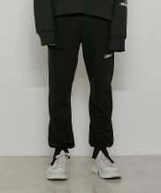 [DRUG WITHOUT SIDE EFFECT] Cargo Label Jogger Pants