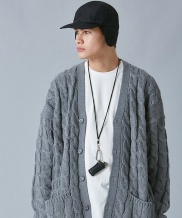 [VOIEBIT] V558 TWIST LOOSE FIT WOOL CARDIGAN KNIT (GRAY)
