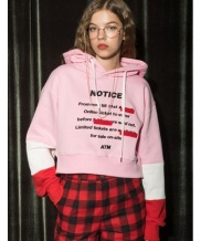 [AT THE MOMENT] Notice Crop Hoodie