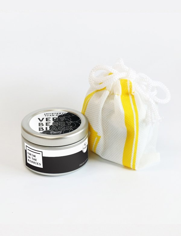 [PRESH] MYSTERY CANDLE VERY BERRY BLACK TEEN TIN