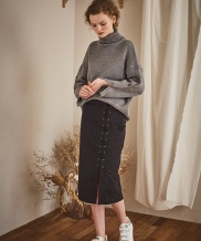 [Maison de Ines] SLEEVE BUTTON POINT KNIT