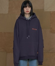 [UNALLOYED] SQUARE PATCH HOODIE