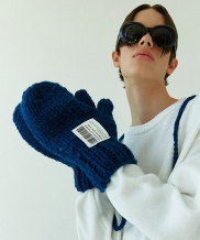[WOOZO] hand knitted gloves