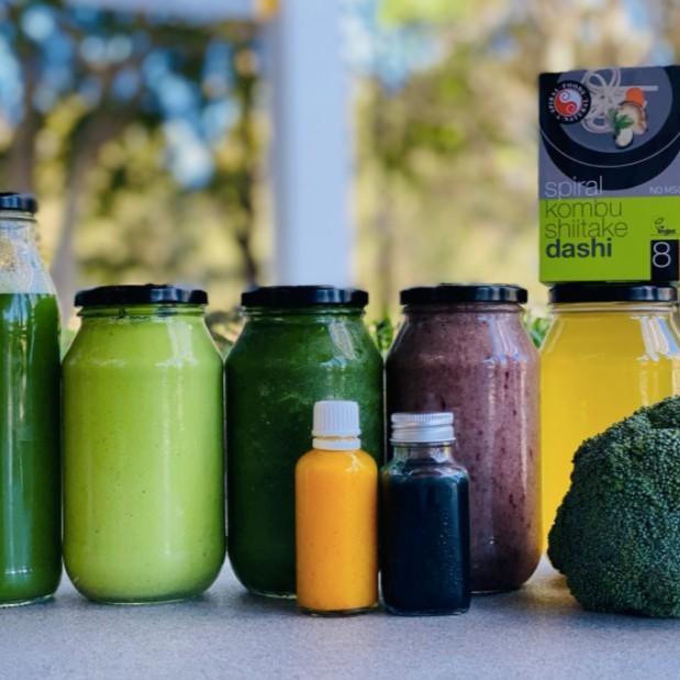 Detox Pack No.1 – Tonics, Juice, Smoothies & Broth + Organic Greens