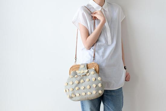 Larone/ラロネ/2wayラフィアバッグ(ブルーグレー×ホワイト)の商品写真