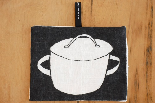 【まもなく取扱い終了】KORPI&GORDON/コルピ&ゴードン/鍋つかみ/SAUCEPAN(ブラック)の商品写真