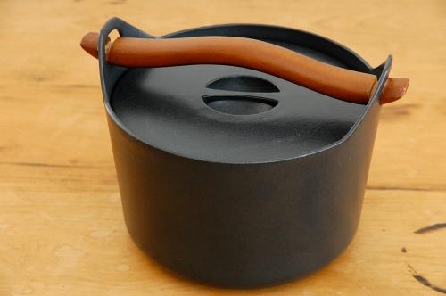 iittala/イッタラ/Sarpaneva/サルパネヴァ/キャセロール(お鍋)の商品写真