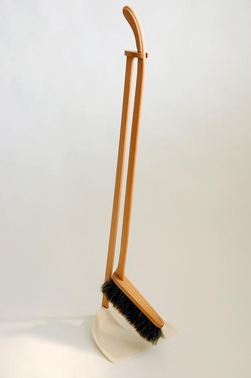 Iris(SRF) Hantverk/イリス・ハントバーク社/ちりとりブラシセット(ホワイト)の商品写真