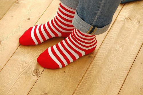 【在庫限り終了】marimekko/靴下/ボーダー柄(ホワイト×レッド)/サイズ34-36(22.5~23cm)の商品写真