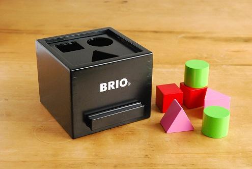 BRIO/ブリオ/おもちゃ/形合わせボックス(黒)の商品写真