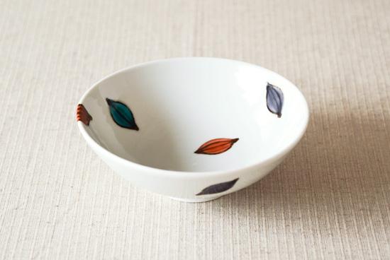 九谷焼/徳永遊心/色絵種子模様/5寸浅鉢(径:約15cm)の商品写真
