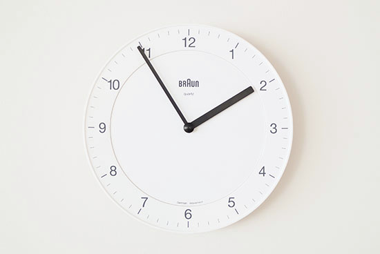 【次回入荷未定】BRAUN/ブラウン/壁かけ時計(ホワイト)の商品写真