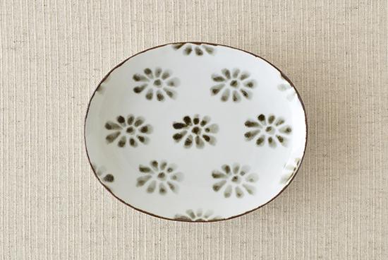 九谷焼/日下華子/印判花文/楕円皿の商品写真