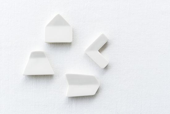 クラスカ/ドーの箸置き(白)の商品写真