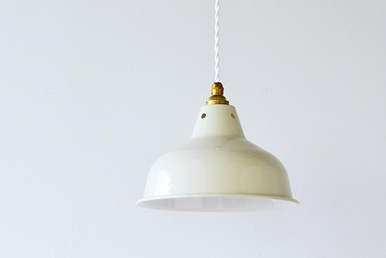 オルネ ド フォイユ/ペンダントランプ(ベージュ)の商品写真