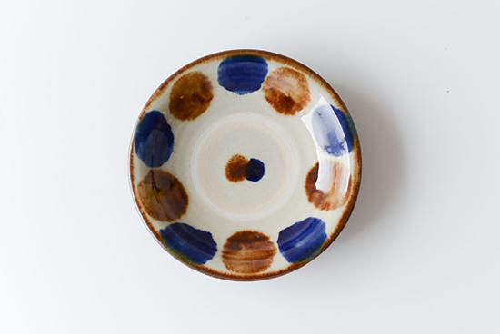 【次回入荷未定】やちむん/飴コバルト点打/5寸皿(径:約15cm)の商品写真