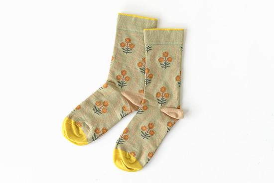 Bonne Maison/ボンヌメゾン/靴下 (花柄・イエロー)の商品写真