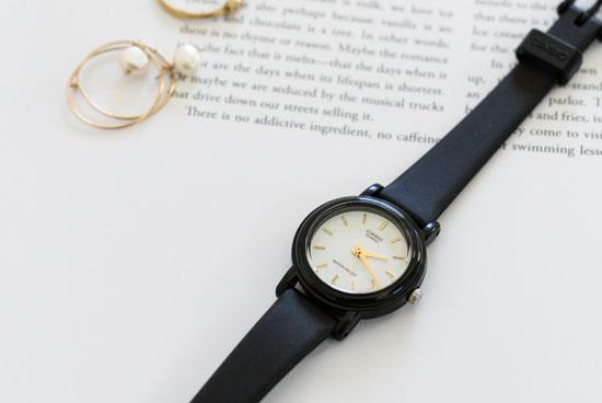 CASIO/腕時計/ラウンドフェイス/スモール(ホワイト)の商品写真