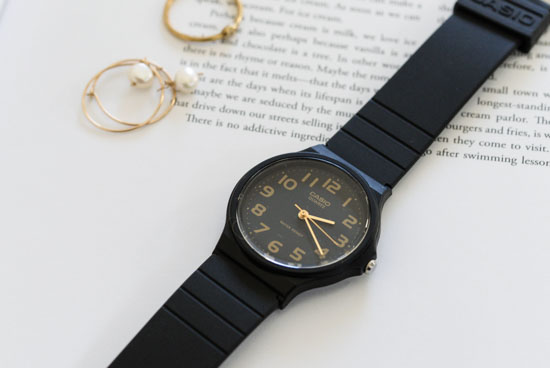 CASIO/腕時計/ラウンドフェイス/ベーシック(ブラック)の商品写真