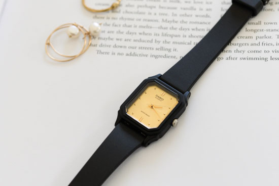 CASIO/腕時計/スクエアフェイス/スモール(ゴールド)の商品写真