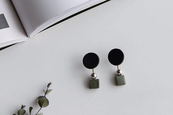 piii accessory/ピィ アクセサリー/アポロ/イヤリング(ブラック)の商品写真