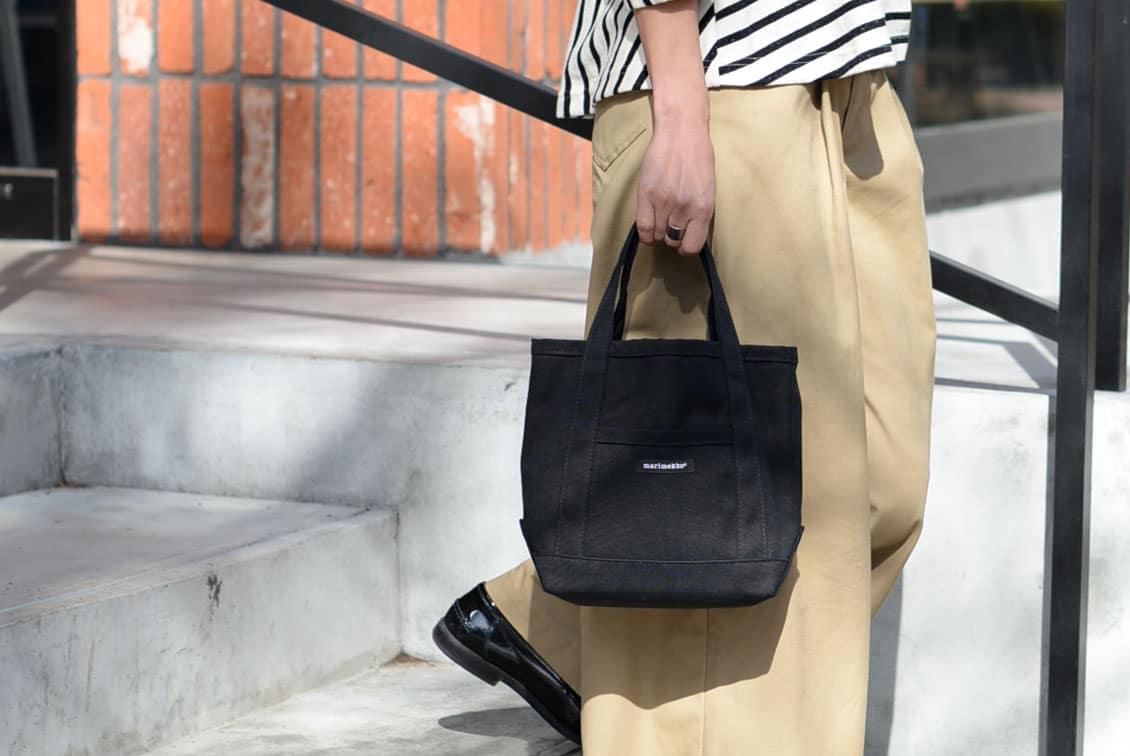 【次回11月頃入荷予定】marimekko/マリメッコ/RAIDE MINI PERUSKASSI/ミニトートバッグ(ブラック)の商品写真