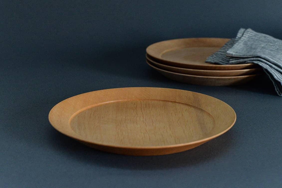 【次回入荷未定】ぴったり重なる、洗える木のプレート(21cm)/KURASHI&Trips PUBLISHINGの商品写真