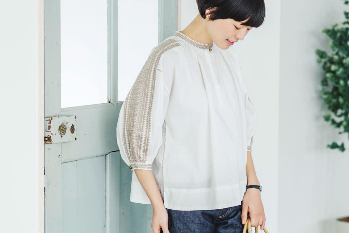 【取扱終了】【数量限定】Soi-e/ソワ/刺繍ブラウス(ホワイト)の商品写真