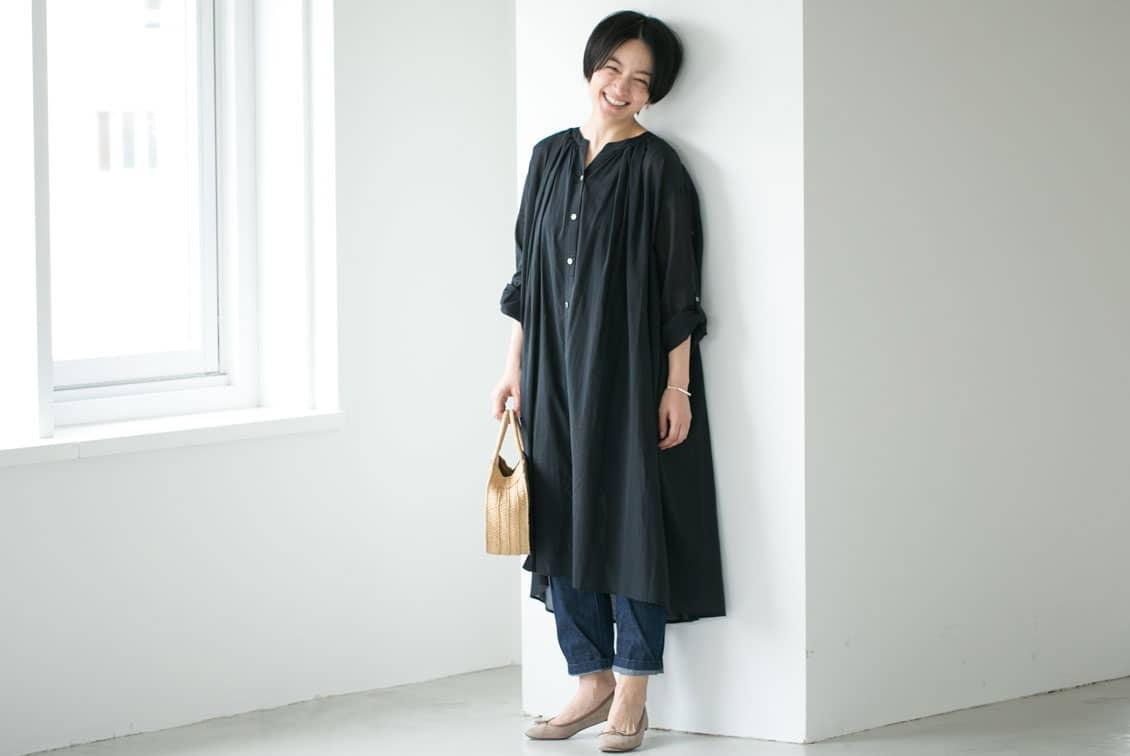 【今季終了】「表情を生むヒミツの仕立て」3WAY後ろさがりギャザーワンピース / KURASHI&Trips PUBLISHING(ブラック)の商品写真