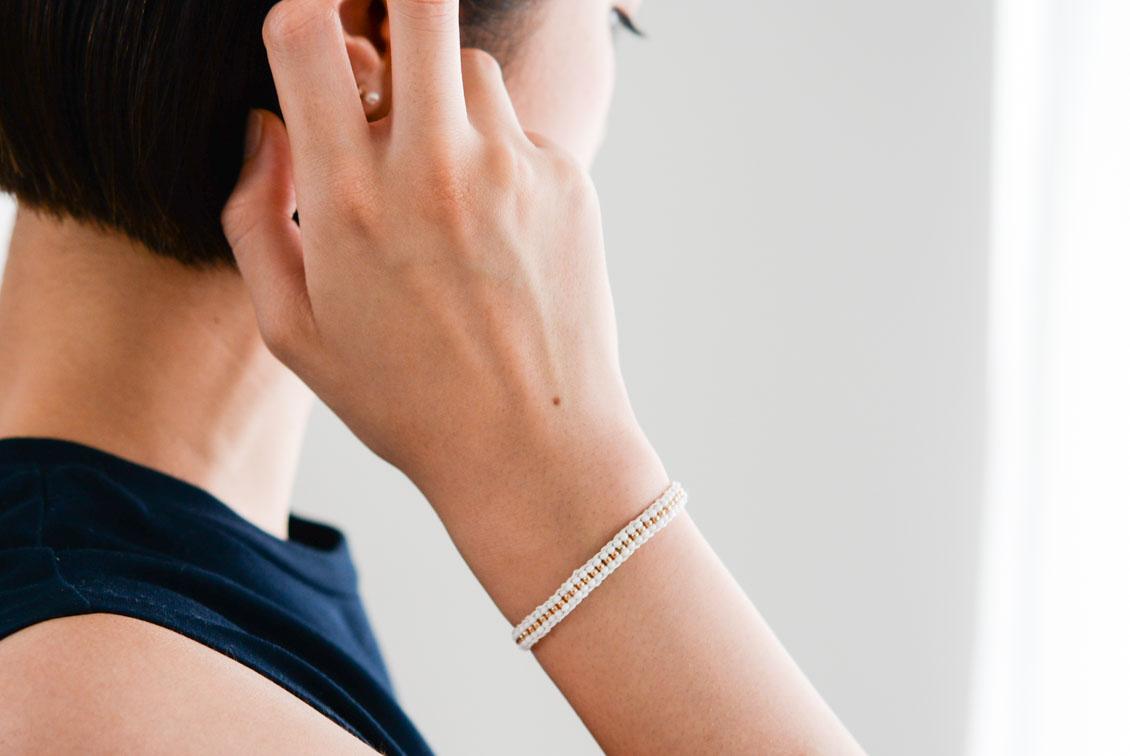 【今季終了】Sidai Designs/シダイデザイン/ビーズブレスレット(ホワイト×ゴールド)の商品写真