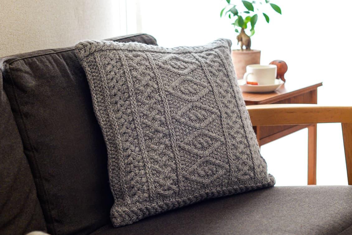 linoo/アラン編みのクッションカバー(45cm×45cm)/グレーの商品写真