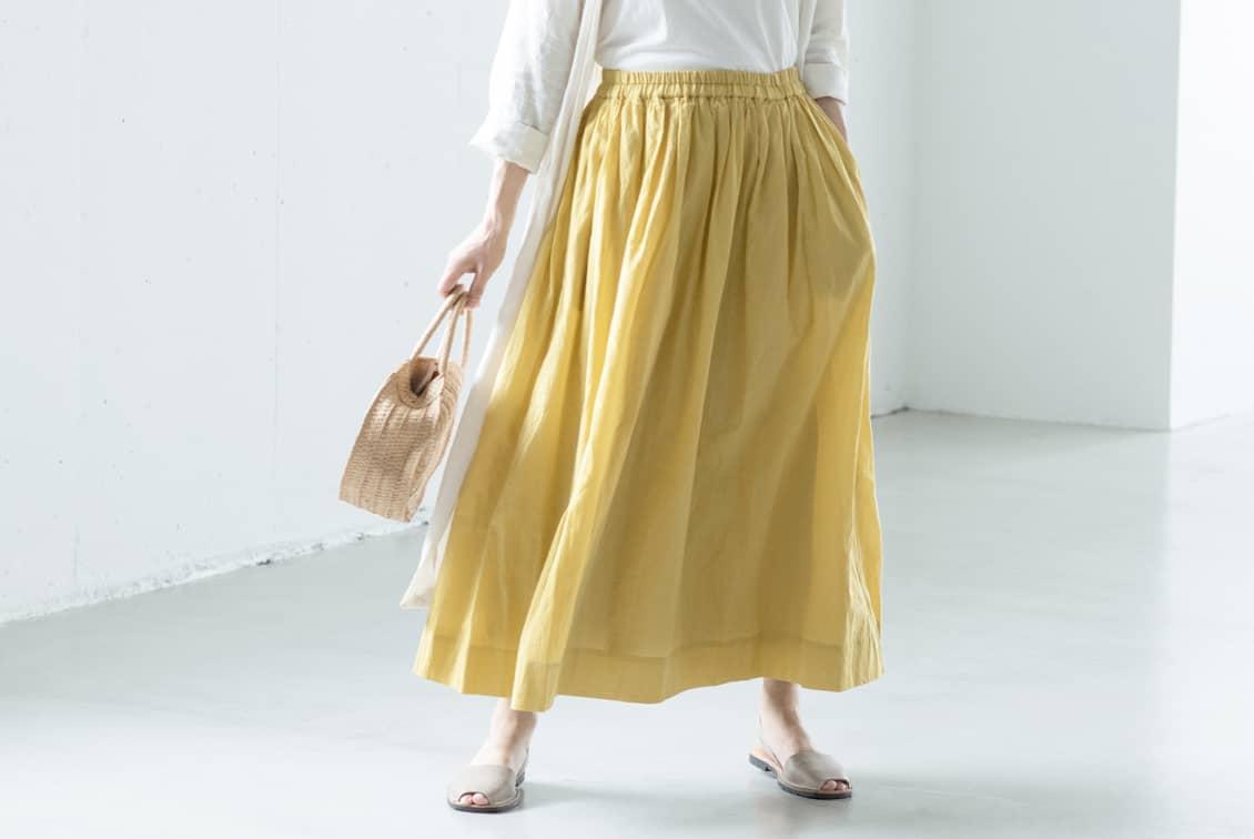 「私になじむ新定番」パンツ派さんにもおすすめのギャザースカート(イエロー)の商品写真