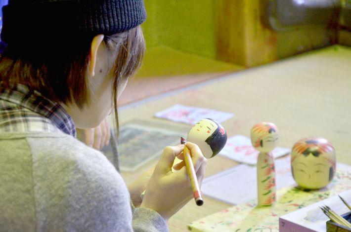 こけし絵付け体験(4/27(土)・28(日)の実施)
