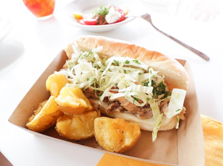 サンドウィッチとポテトのセットもオーダー brホクホクと甘みのあるポテトと、ボリュームたっぷりなのにぺろっと食べれてしまうサンドウィッチ、絶対食べたいお味。